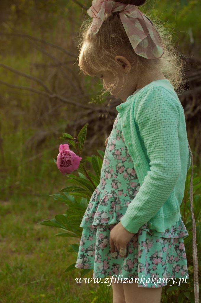sukienka dresowa dziewczynka