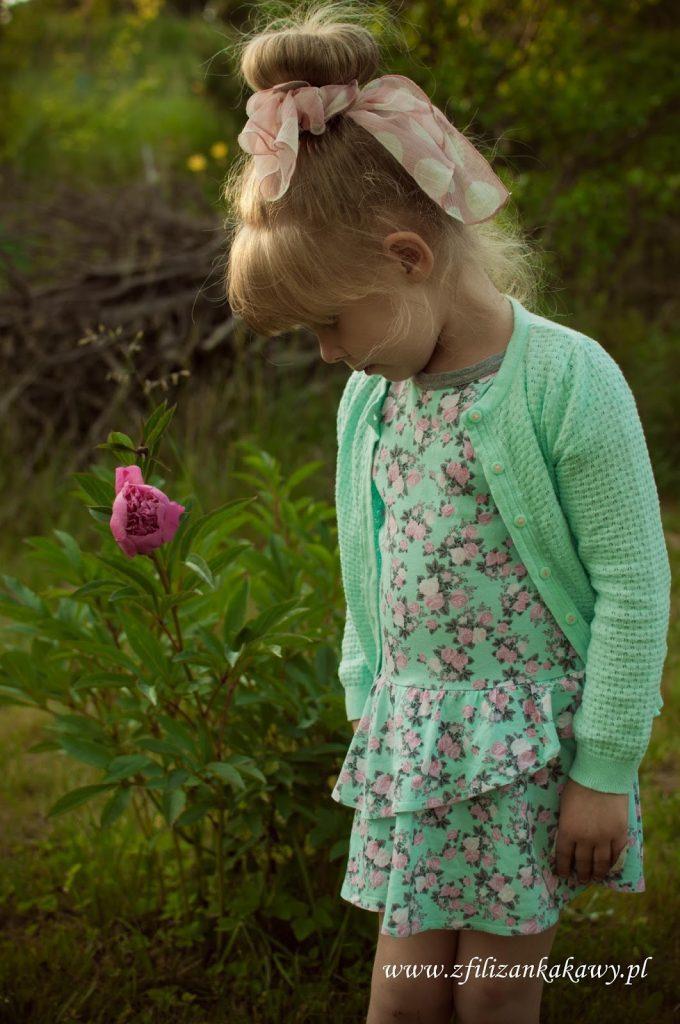 dziewczęca dresowa sukienka
